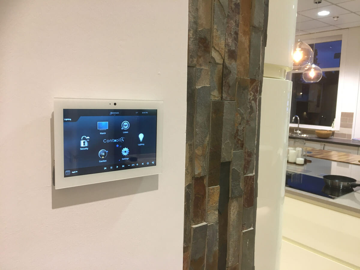 Customisable kitchen lighting touchscreen control